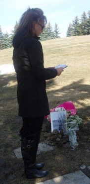 Granddaughter Lynne De Cou saying a prayer for Grampa Jack